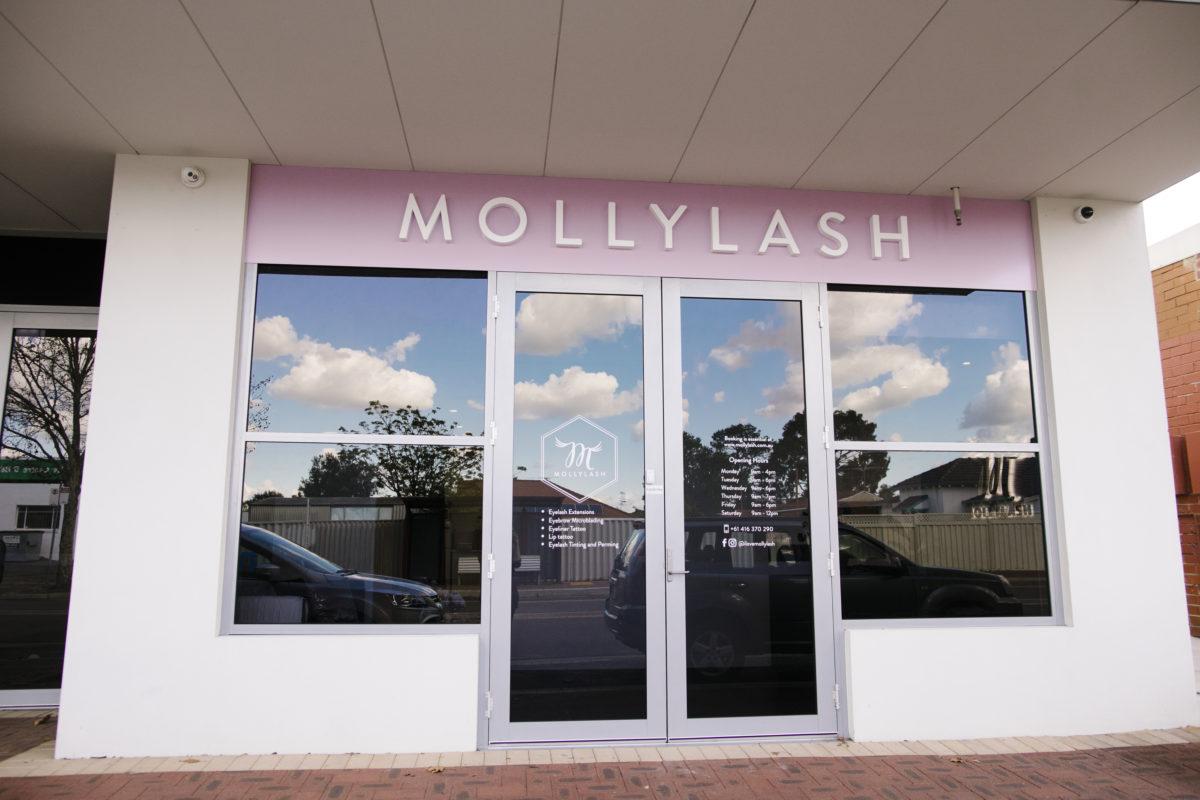 Mollylash Carlsile Storefront
